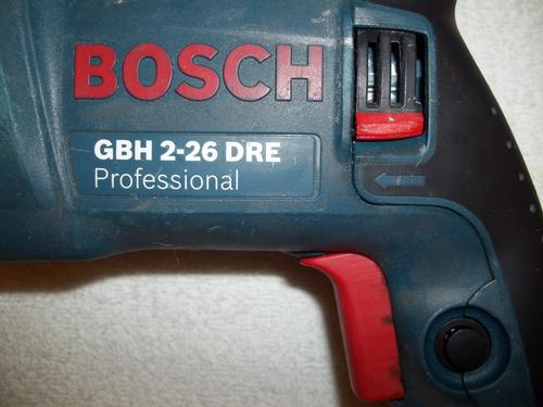 drills bosch gbh 2 26 dre professional rotary hammer drill was sold for on 23 may at. Black Bedroom Furniture Sets. Home Design Ideas