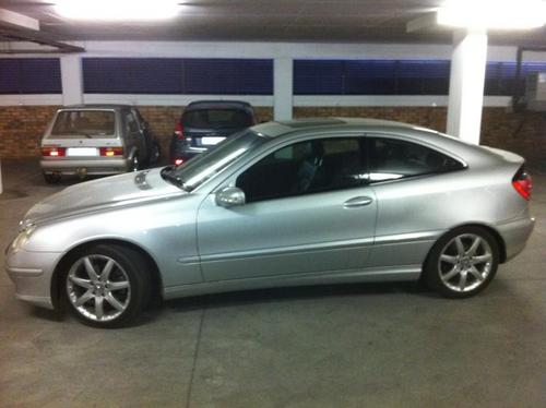 Mercedes benz c230 kompressor coupe 2003 for sale was for Mercedes benz c230 kompressor for sale