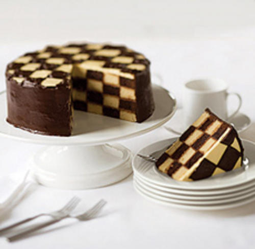 How To Bake A Checkered Cake