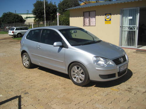 volkswagen vw polo 1 9tdi highline 2004 model facelift full house 2 door was listed for r74. Black Bedroom Furniture Sets. Home Design Ideas